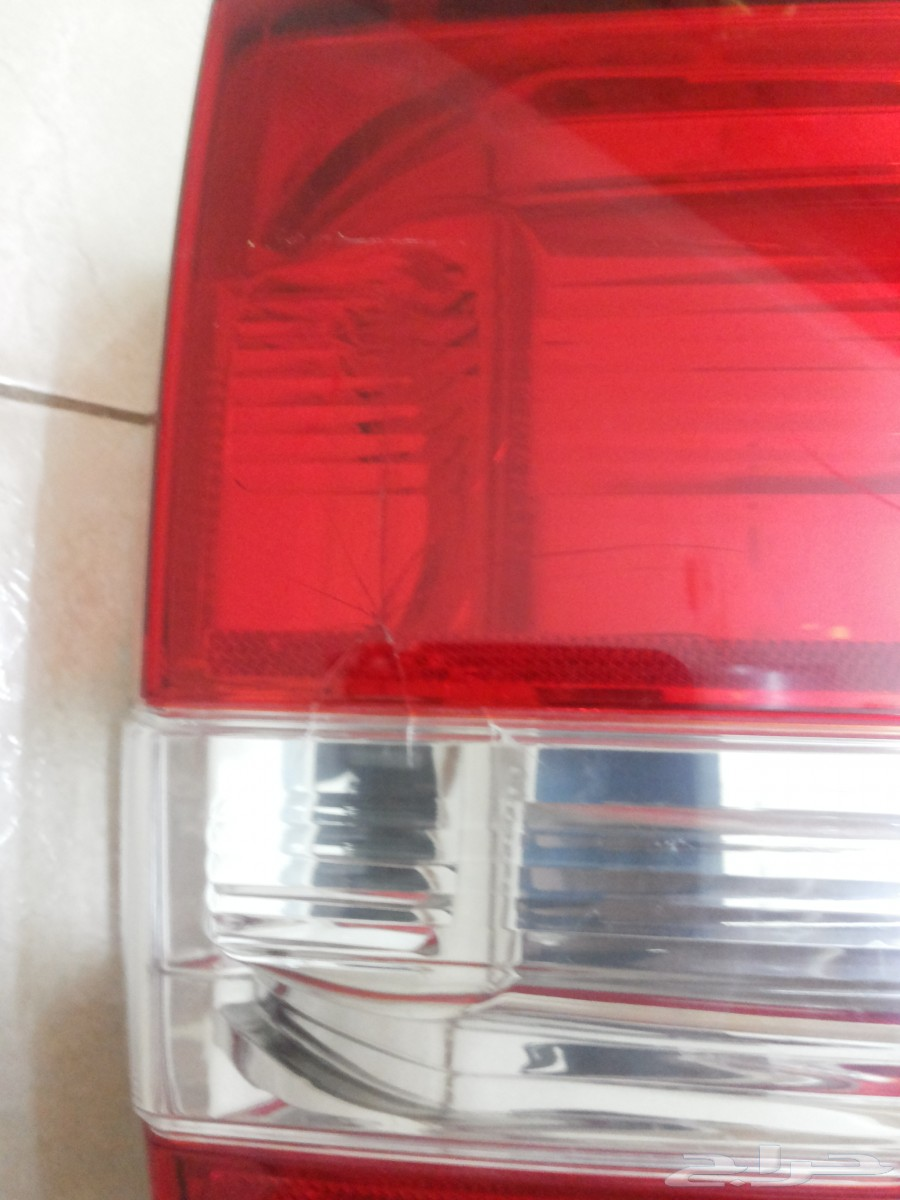 للبيع أسطب خلفي يسار (مستعمل) لسيارة فورد أكسبدشن 2010