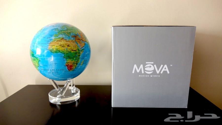 كرة ارضية للمكاتب MOVA تدور مدى الحياة