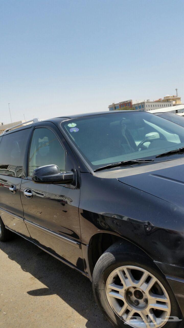 فان ميركوري سيارة عائلية للبيع